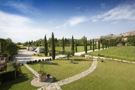 Dall'Agriturismo All'Antica Mattonata si gode di una fantastica vista su Assisi