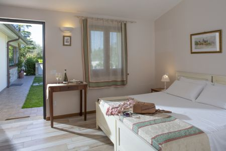 Assisi bnb camera double room with bath Agriturismo All'Antica mattonata