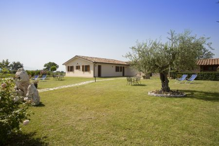 Great farmstay in Assisi with a beautiful view of the city. Amazing place