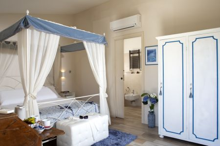 Rooms in Assisi bright and cozy bed and breakfast Antica Mattonata