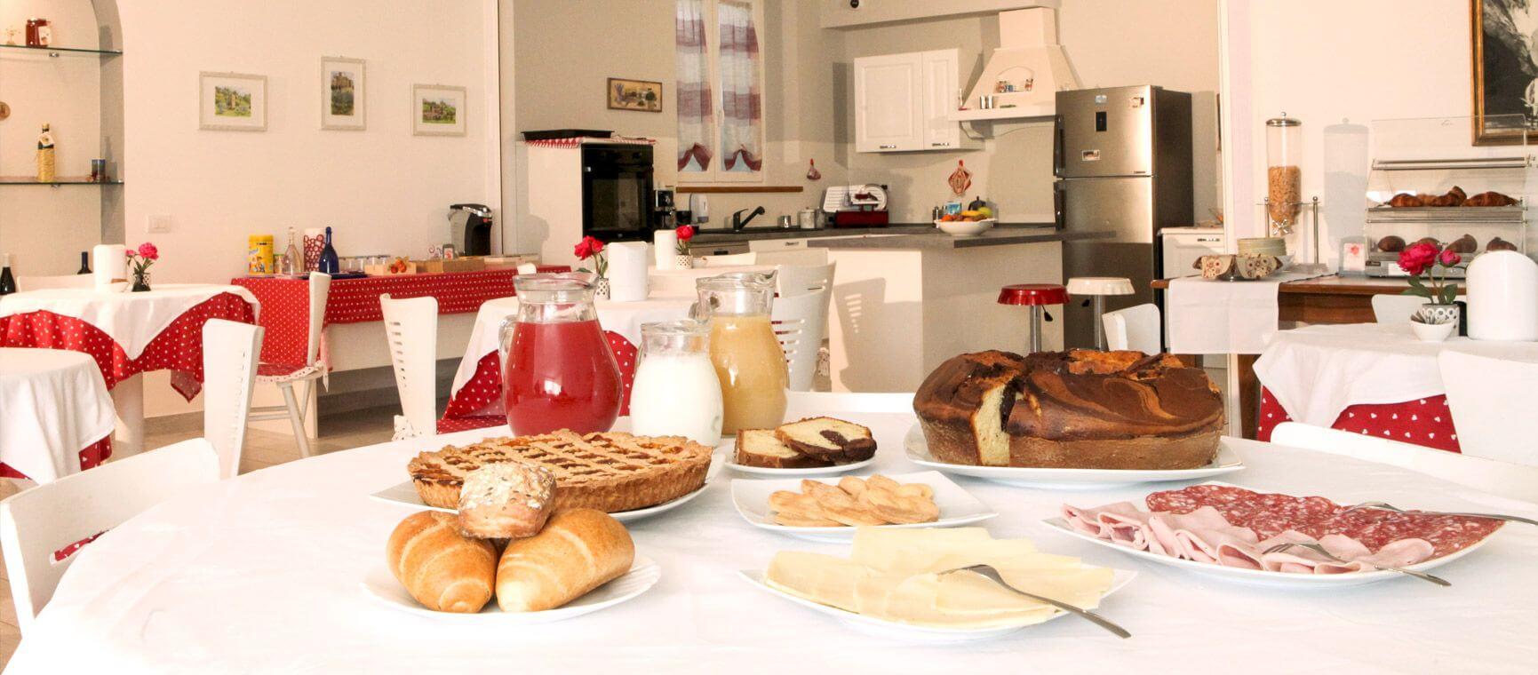 Sala colazioni dell'Agriturismo Bed & Breakfast Assisi All'Antica Mattonata